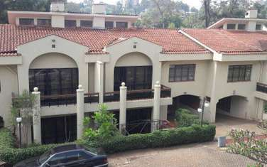 4 bedroom house for sale in Spring Valley