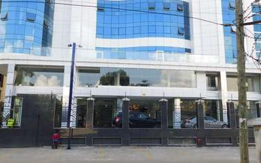 1000 ft² office for rent in Westlands Area