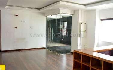 4500 ft² office for rent in Parklands