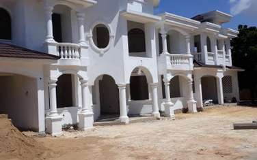 8 bedroom house for sale in Nyali Area