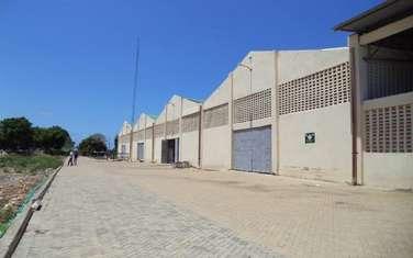 780 m² warehouse for rent in Kikambala