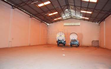 9000 ft² warehouse for rent in Mombasa Road