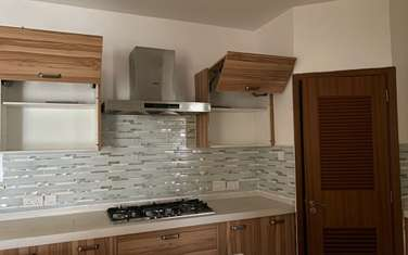 3 bedroom apartment for rent in Kilimani