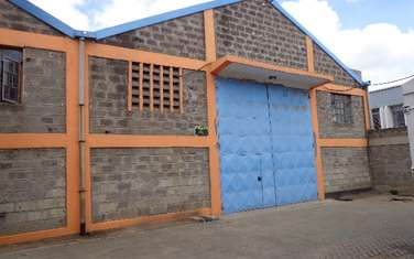 4000 ft² warehouse for rent in Industrial Area