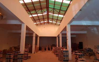 810 m² warehouse for sale in Mombasa Road