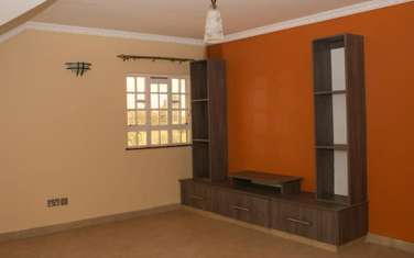 4 bedroom house for sale in Ruaka