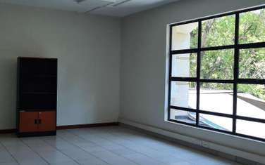 218 m² office for rent in Riverside