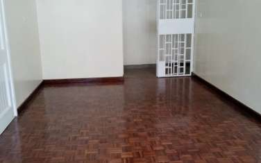 3 bedroom apartment for rent in Jamhuri