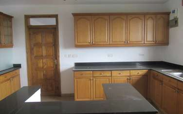 4 bedroom apartment for rent in Lavington