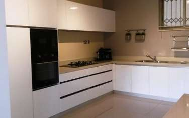 Furnished 3 bedroom apartment for rent in Parklands