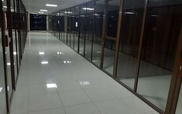 9 m² office for rent in Cbd