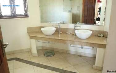 5 bedroom villa for sale in Mkomani