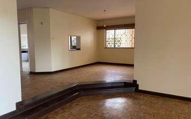 5 bedroom villa for rent in Westlands Area