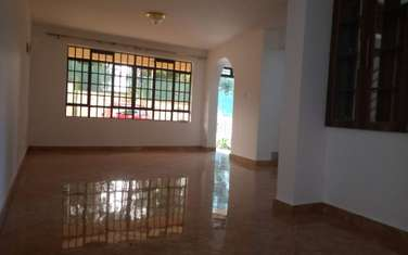 3 bedroom townhouse for sale in Windsor