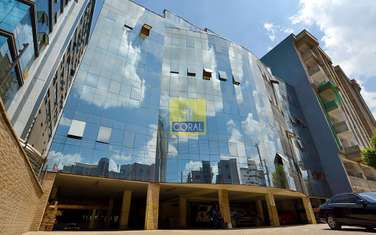 250 m² office for rent in Westlands Area