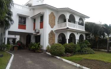 4 bedroom house for sale in Mkomani