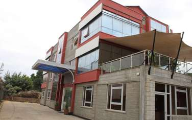 4000 ft² office for rent in Industrial Area