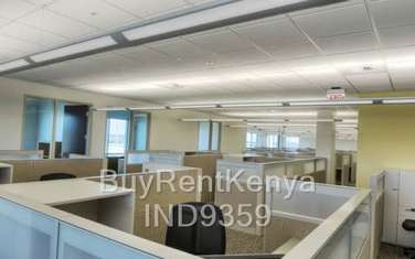 836m² office for rent in Ngara