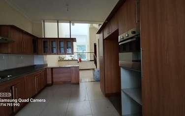 5 bedroom villa for rent in Kyuna