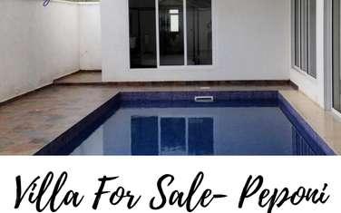 4 bedroom villa for sale in Spring Valley