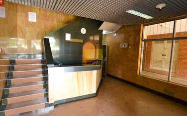 196 m² office for rent in Westlands Area