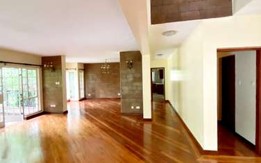 5 bedroom house for rent in Rosslyn