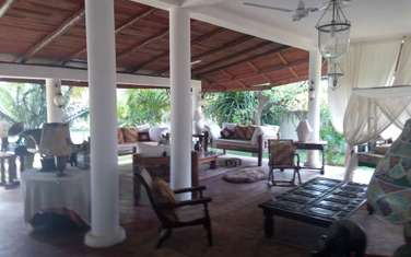 Furnished 8 bedroom house for rent in Malindi Town