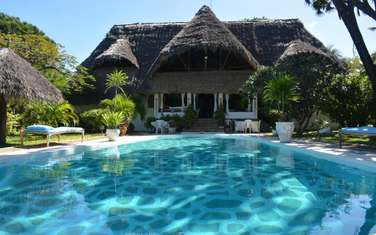 furnished 5 bedroom villa for sale in Malindi Town
