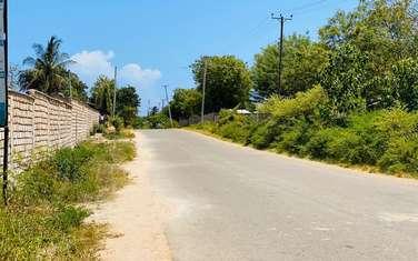 450m² land for sale in Kikambala