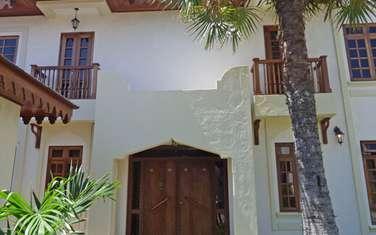 4 bedroom villa for sale in Watamu