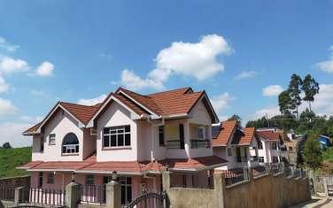 4 bedroom villa for rent in Ruaka