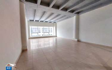 900 ft² commercial property for rent in Parklands