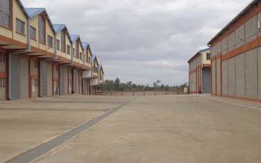 9200 ft² warehouse for rent in Juja