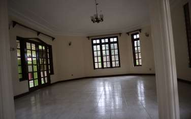 6 bedroom house for rent in Mkomani