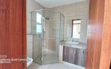 5 bedroom villa for rent in Brookside