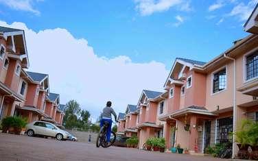 3 bedroom townhouse for rent in Gikambura
