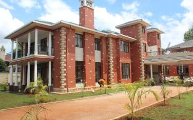 8 bedroom townhouse for rent in Karen