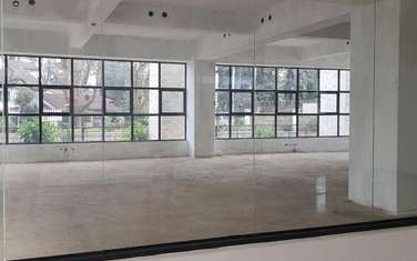 150 m² office for rent in Riverside