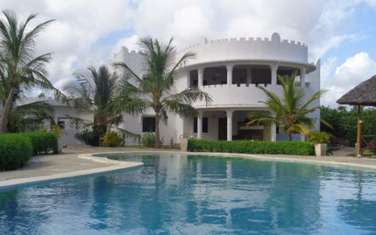 Furnished 10 bedroom apartment for sale in Nyali Area