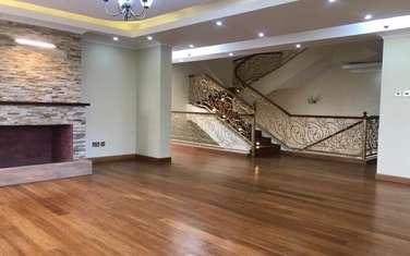 8 bedroom house for rent in Runda