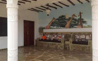 10 bedroom villa for sale in Watamu
