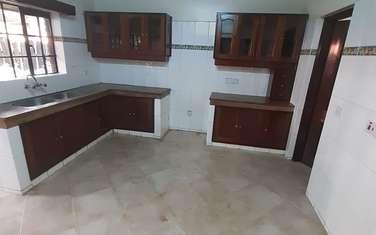 5 bedroom townhouse for sale in Dennis Pritt
