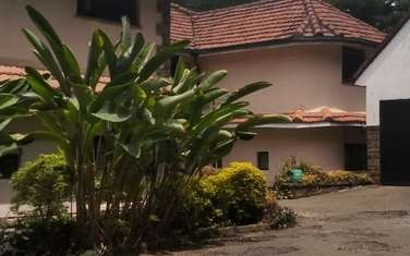 400 ft² office for rent in Kilimani