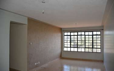 3 bedroom apartment for rent in Mlolongo