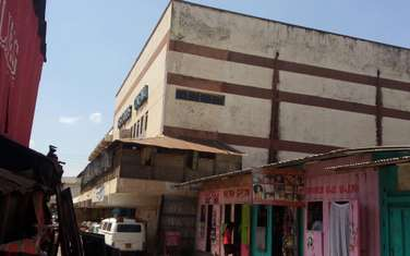 1011 m² commercial property for sale in Industrial Area