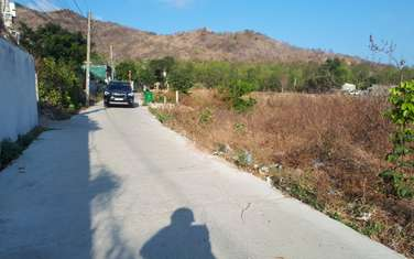 165 m2 residential land for sale in District Long Dien