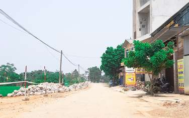 121.2 m2 residential land for sale in District Quoc Oai