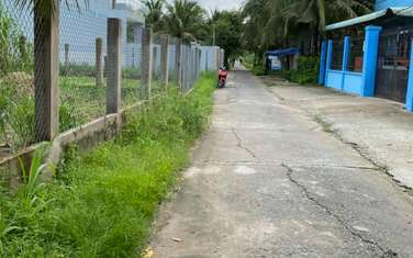 430 m2 residential land for sale in Ben Tre