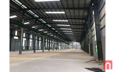 1800 m2 Factories & Warehouse for rent in District Thuong Tin
