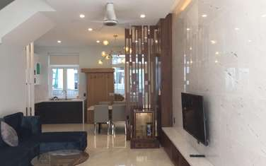 3 bedroom townhouse for rent in District 9
